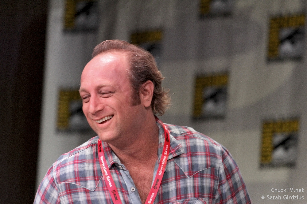 Chuck Final Countdown: Scott Krinsky on Playing Normal and JEFFSTER 2.0