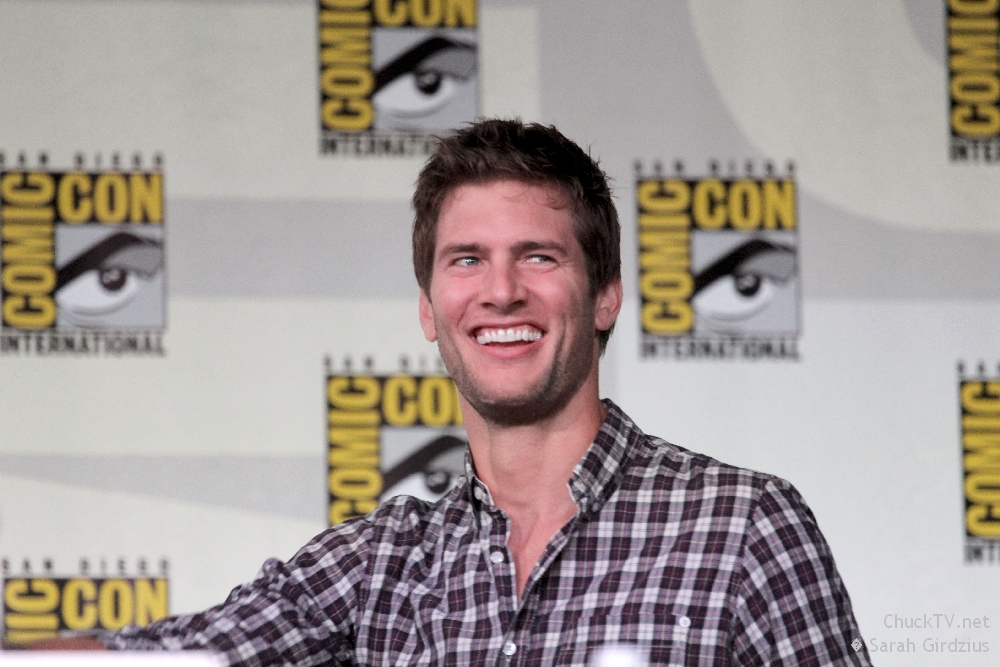 Ryan McPartlin Joins Twitter