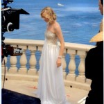 Yvonne Strahovski wears Jean Fares in the Chuck season 5 premiere