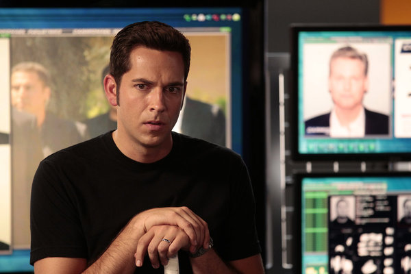Zachary Levi in Chuck season 5 premiere