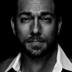 Zachary Levi - Thrilling Adventure Hour