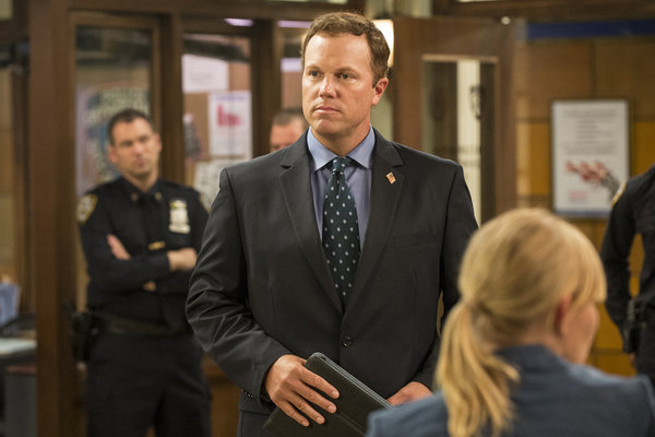 First Look: Adam Baldwin on LAW &amp; ORDER: SPECIAL VICTIMS UNIT