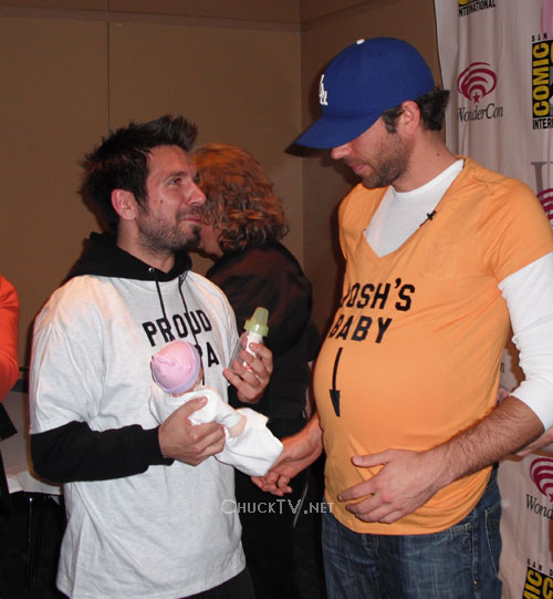 Chuck Takes Wondercon Chucktv Net The joshua gomez's statistics like age, body measurements, height, weight, bio, wiki, net worth posted above have been gathered from a lot of credible websites and online sources. chucktv net