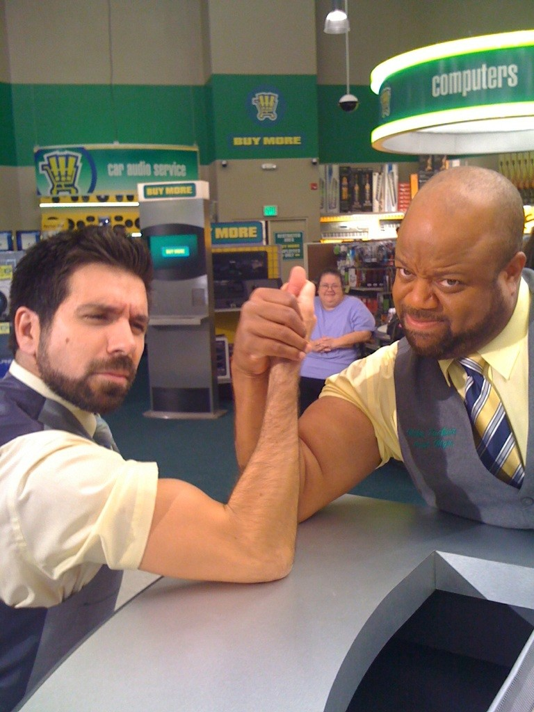 Joshua Gomez Arm Wrestles The Cast Of Chuck Chucktv Net Yeah, i'm definitely part of team bartowski. joshua gomez arm wrestles the cast of